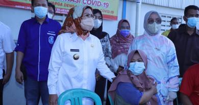 Bupati Serang Pastikan Pelayanan Vaksinasi untuk Semua